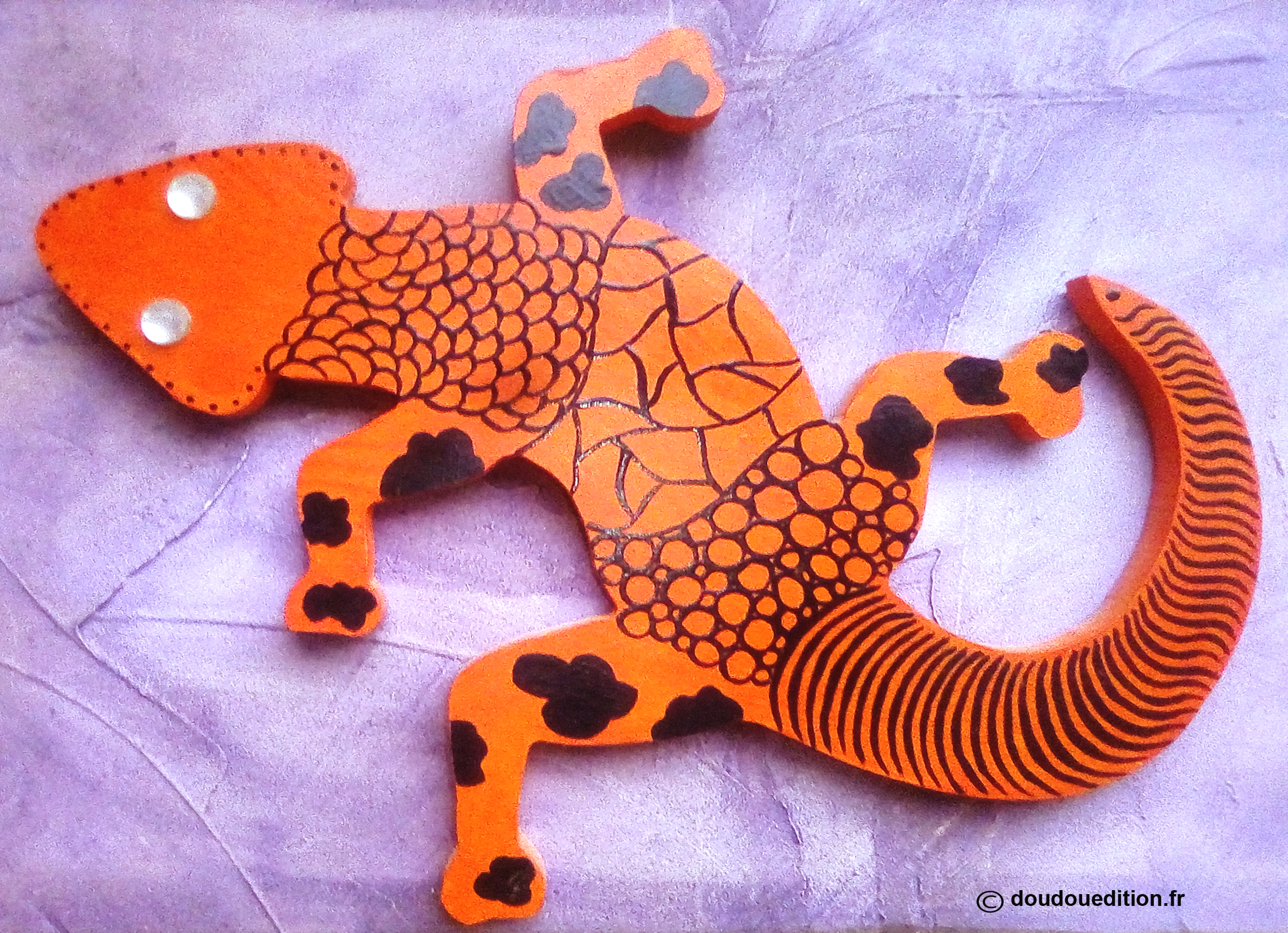 Lézard décoratif en bois, Fun Orange !