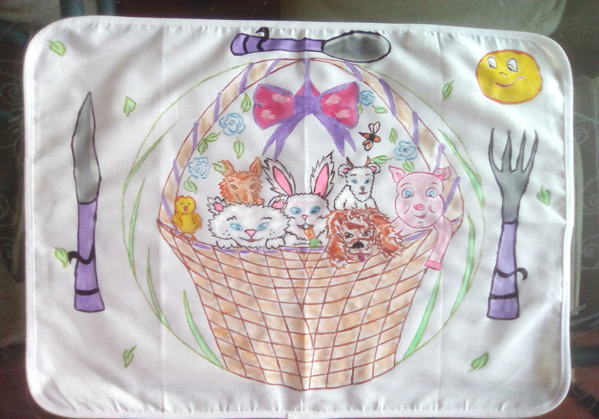 Hand-painted children's placemat with an animal basket!